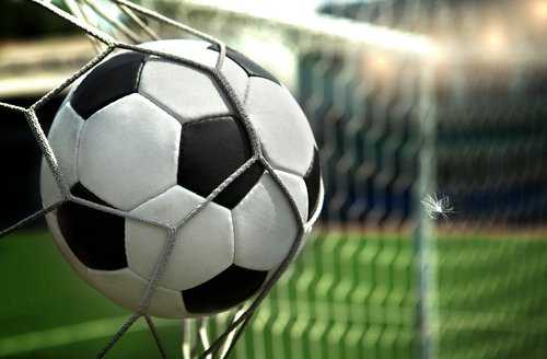 Soccer School Breaks 275,000 Facebook Likes